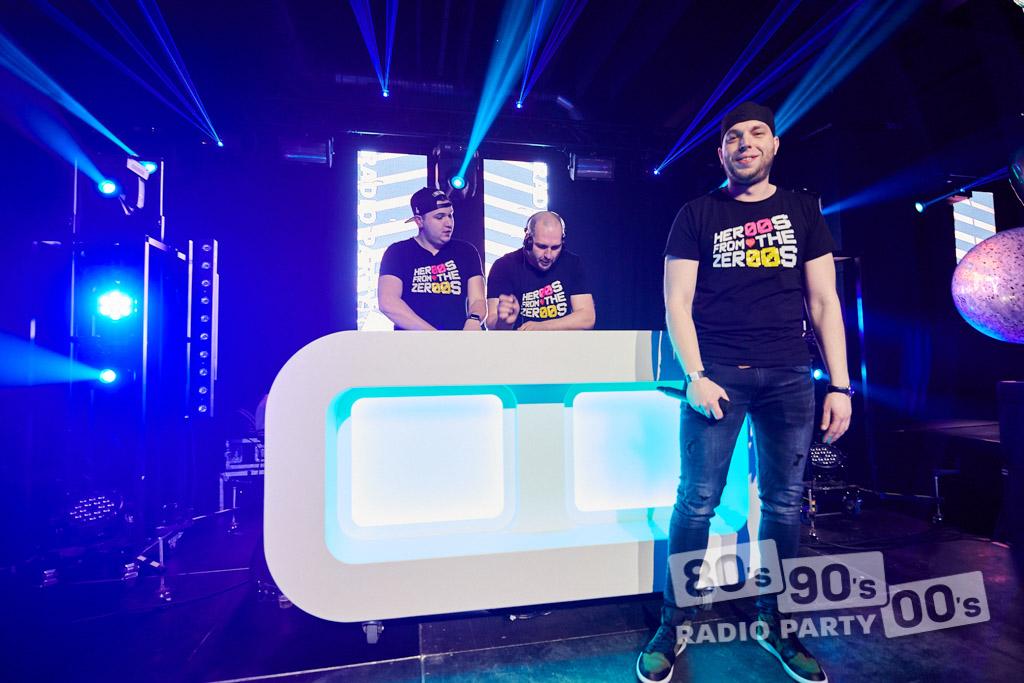 80-90-00 Radio Party - 075