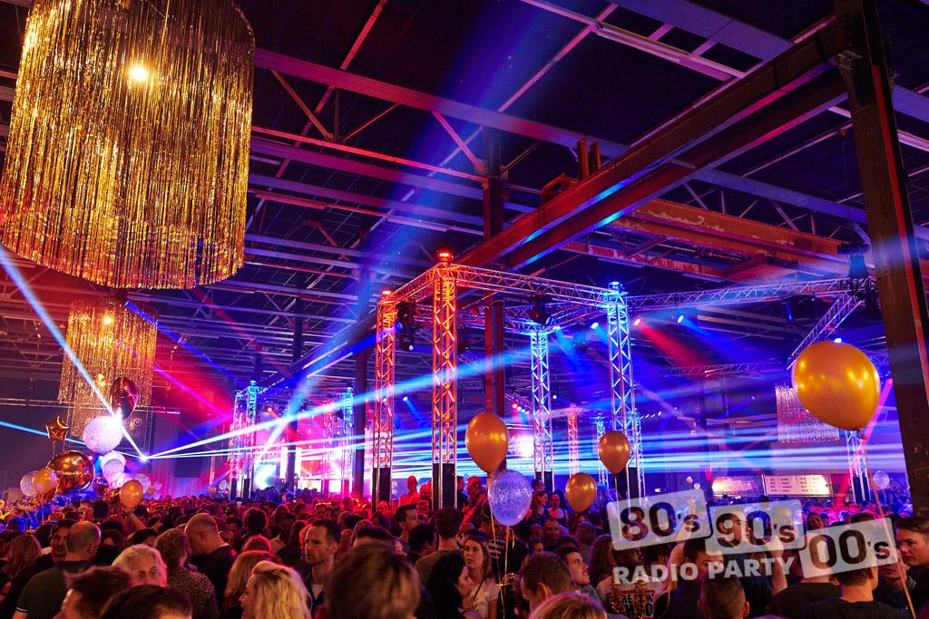 80-90-00 Radio Party - 099