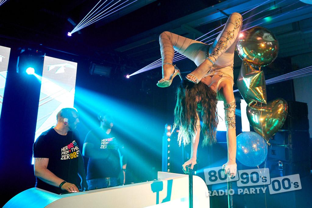 80-90-00 Radio Party - 121